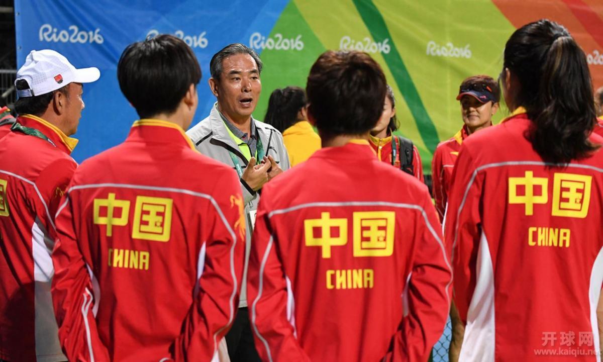 """""""功勋少帅""""蔡振华离开体育界,刘国梁能否回归关键就看这一点"""